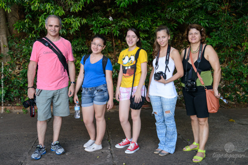 Rud, Bianca, Poliana, Isa e Vera. Foto © Tiago Degaspari